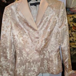 Nipon Botique 2 piece suit